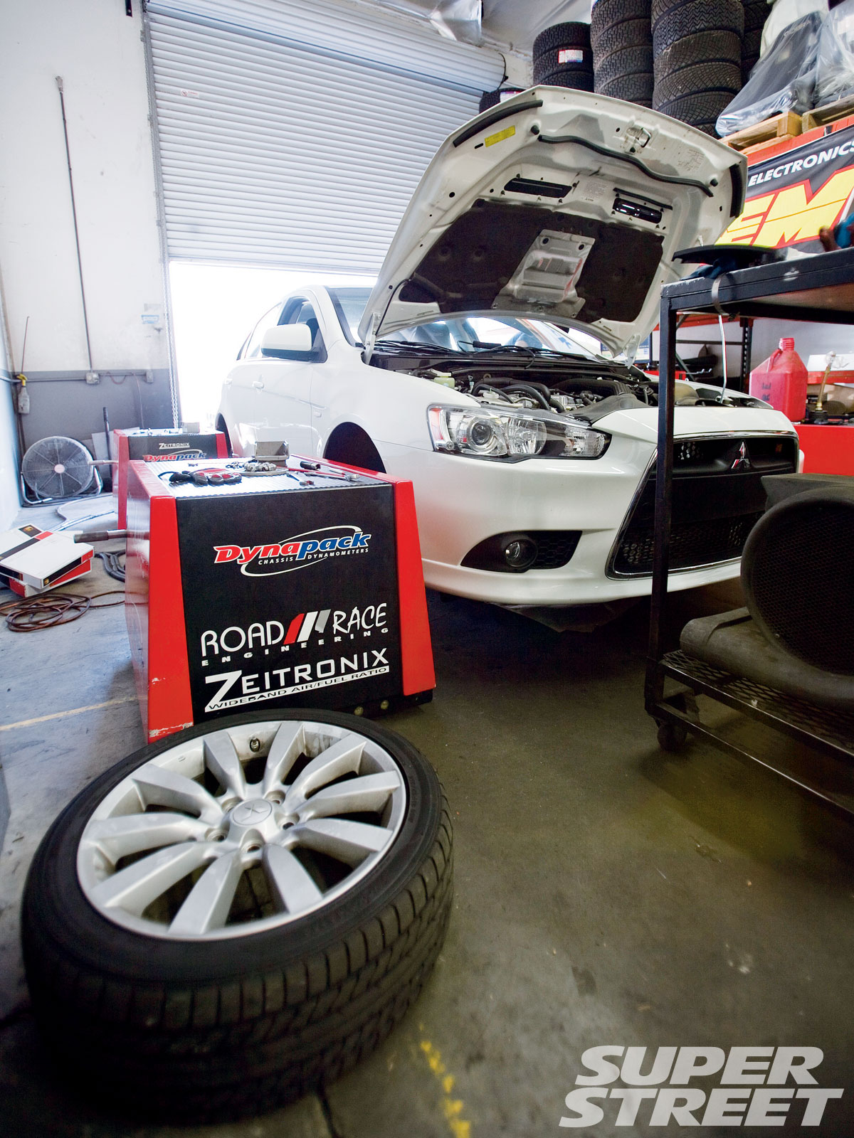 sstp_1010_01_o+project_ralliart_sportback_upgrades+project_ralliart