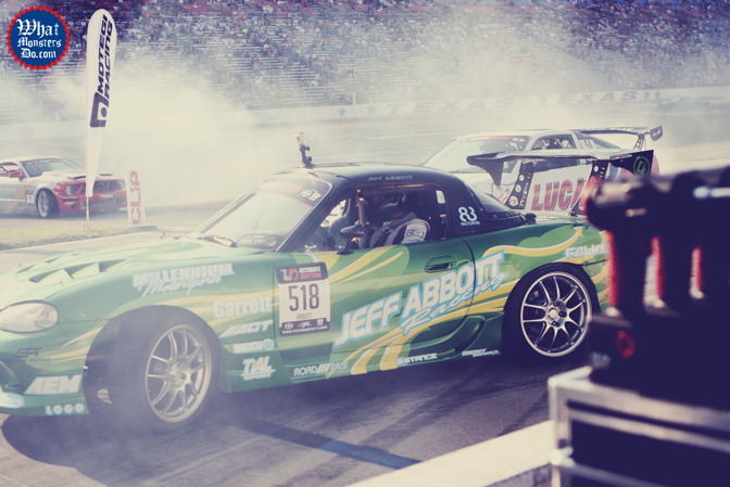 miata-jeff-abbott-formula-drift-texas-motor-speedway-win-2