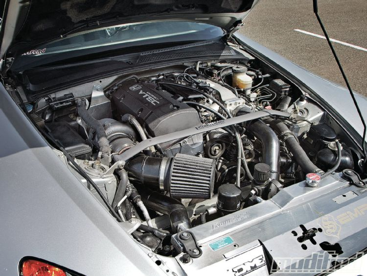 modp-1106-02+home-brew-done-right-2002-honda-s2k+engine.JPG