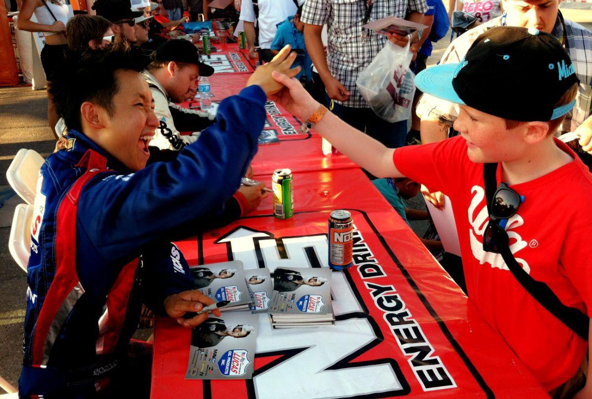 autograph-kid1